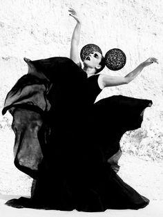 1d22f51a08d0b14d8570eb13f639aef9--flamenco-helmet.jpg