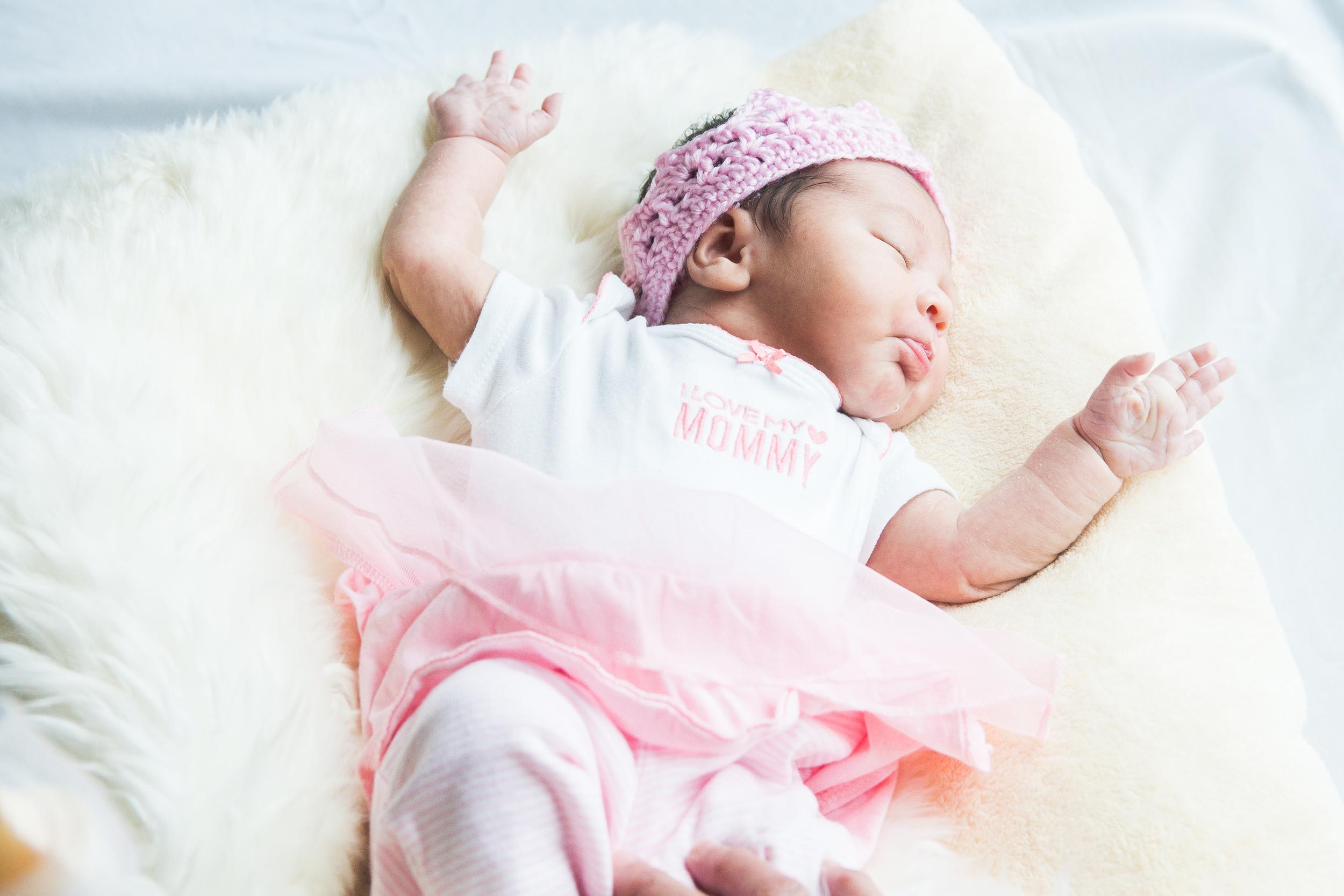Karla New born-2.jpg
