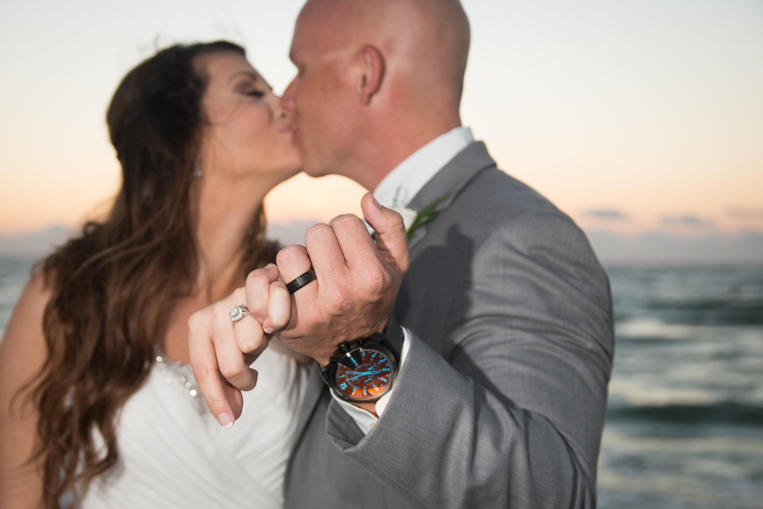 Sand key beach wedding | Mir*Salgado