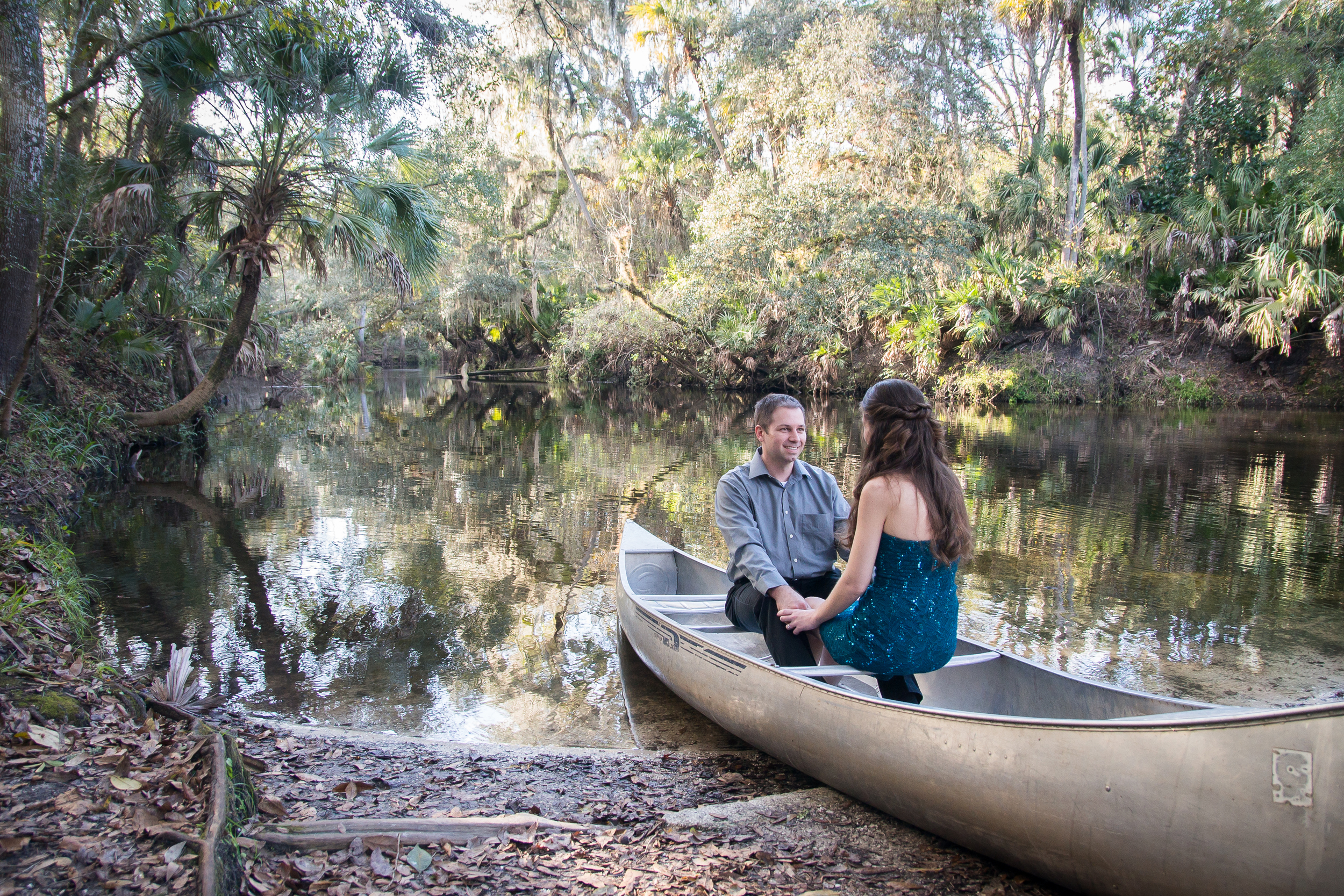 Tampa canoe engagement session by Mir*Salgado Photography