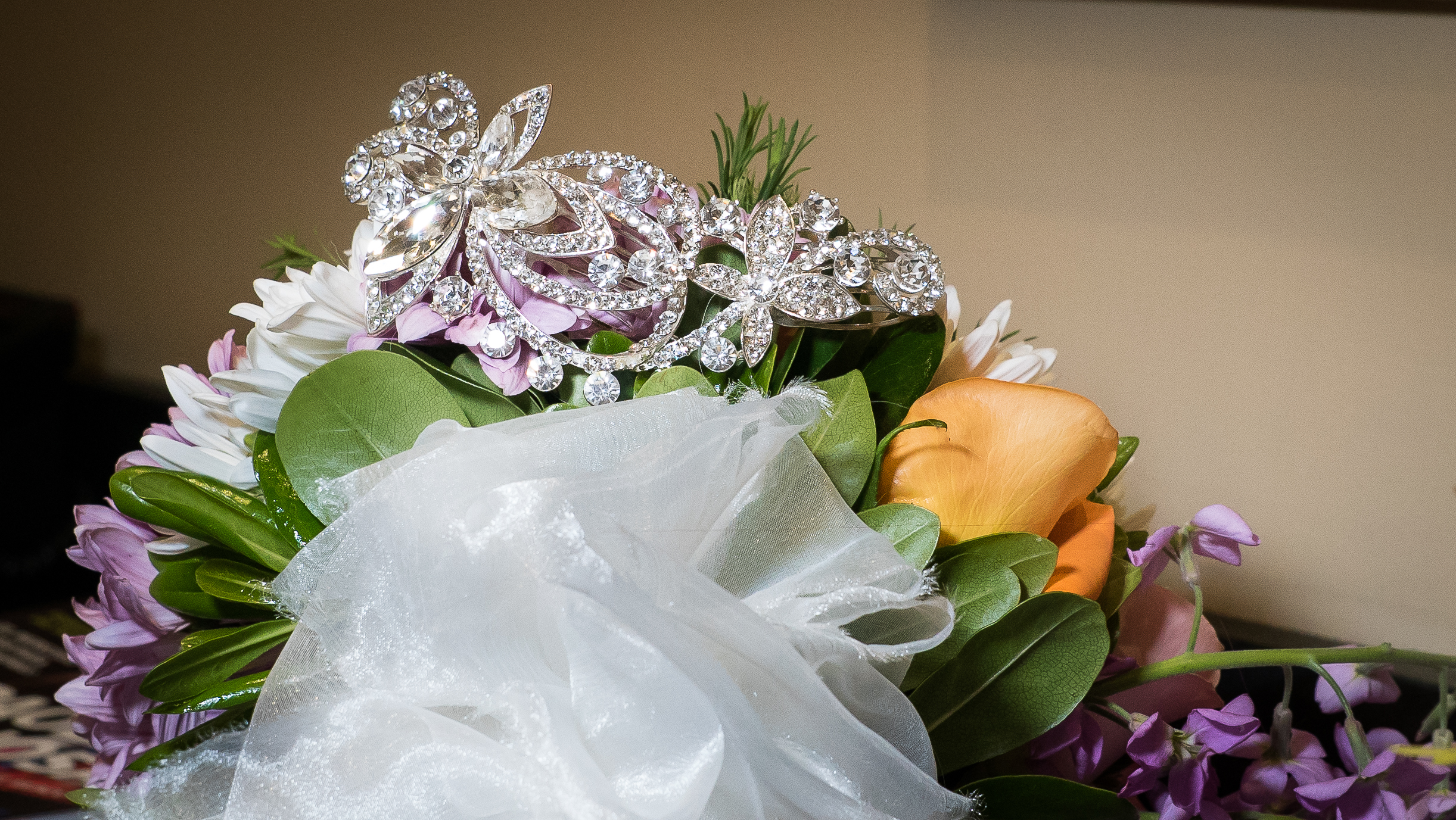 Tampa Wedding Photographer, bridal shoot, spring aspiration, flowers, bouquet, fotografo de bodas