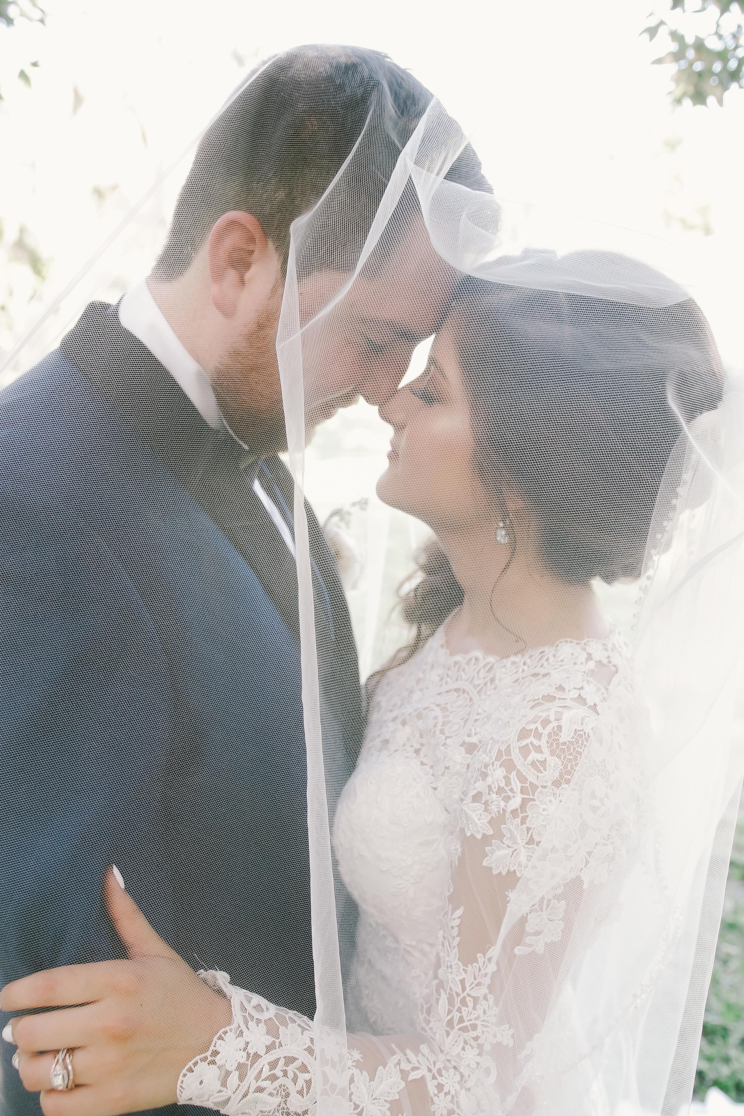 Laura + Alejandro Wedding (sneakPeek)-83.jpg