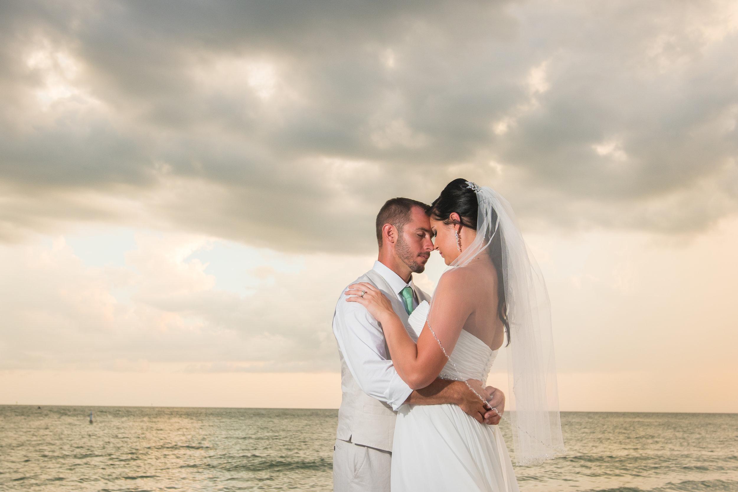St.Pete wedding, St.Pete wedding photographer, Tampa wedding photographer, Tampa photographer, Mir Salgado Photography