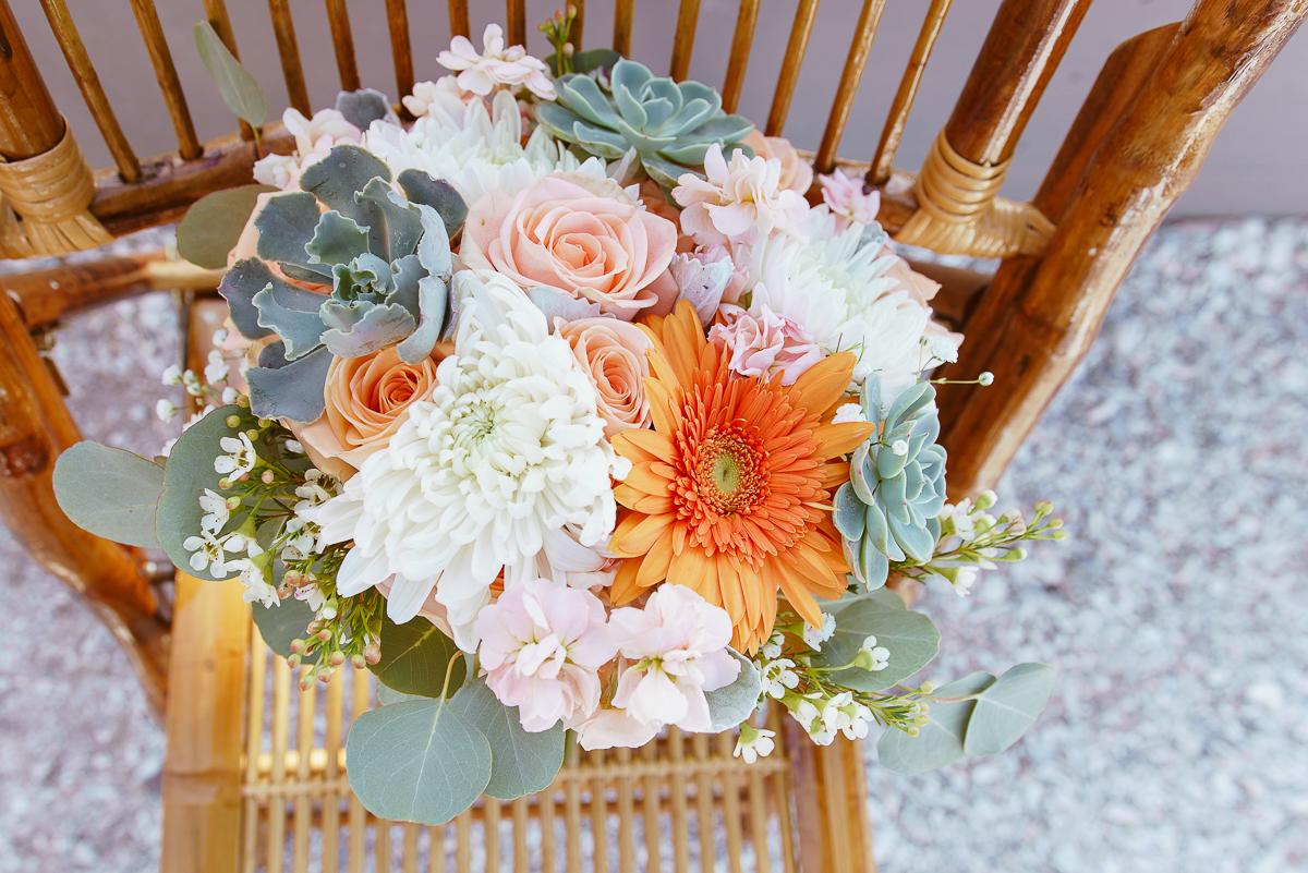 beach-wedding-bouquet, auttum-wedding-at-the-beach