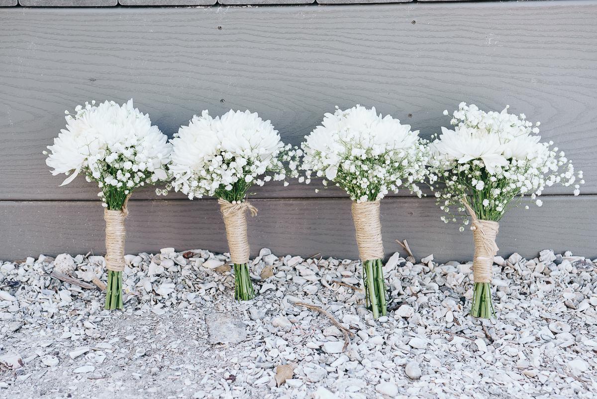 bouquets-beach-wedding, white-bouquets, beach-wedding-bouquets
