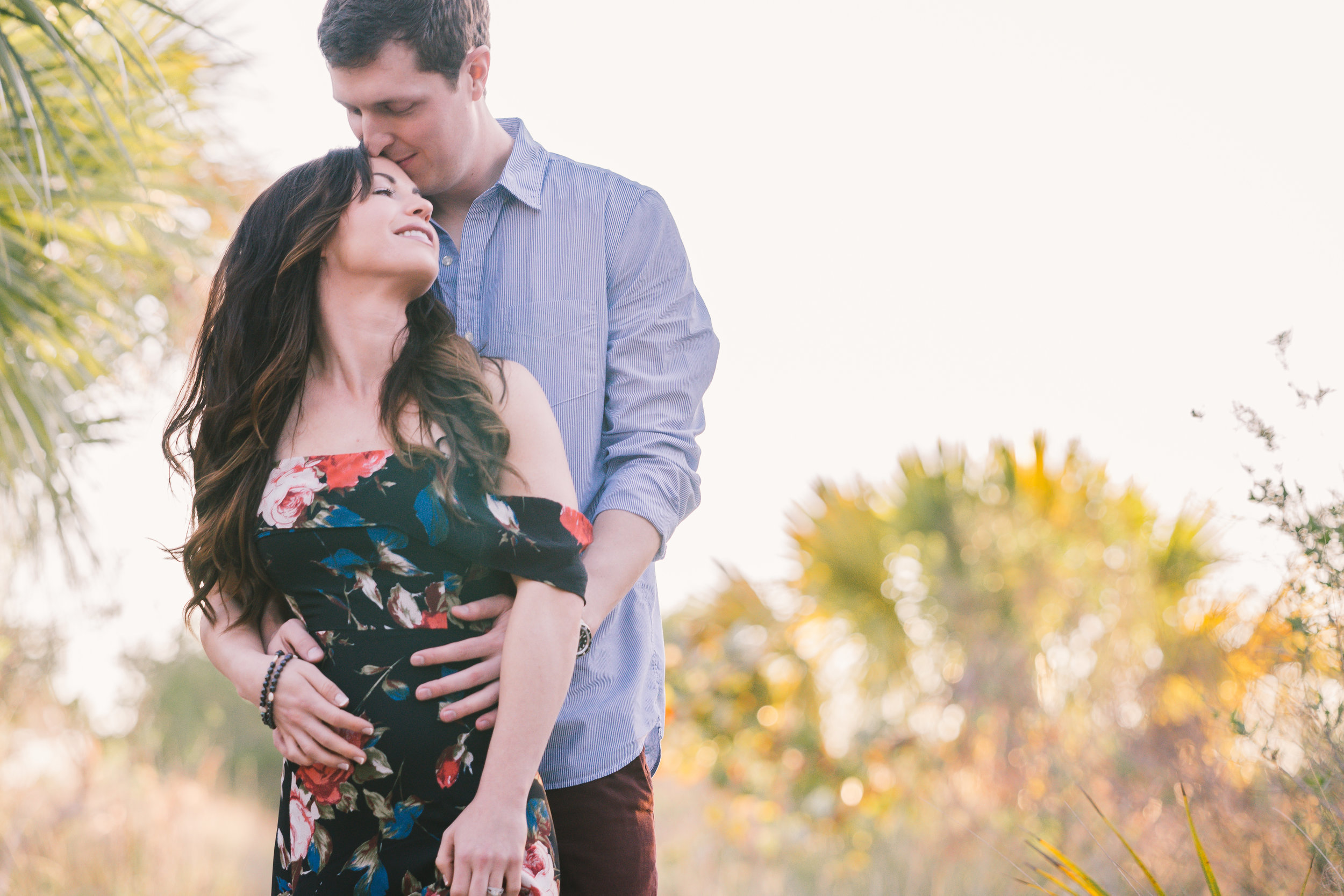 Sarasota-engagement-session-at-the-beach