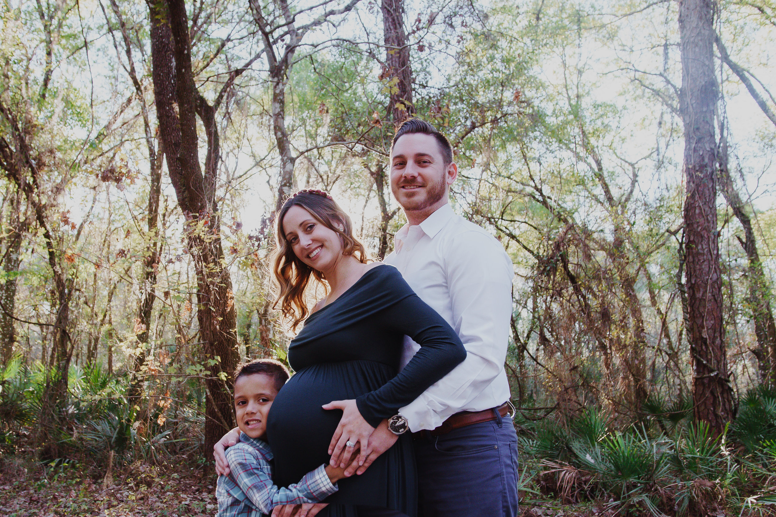 Maternity-session-in-Tampa