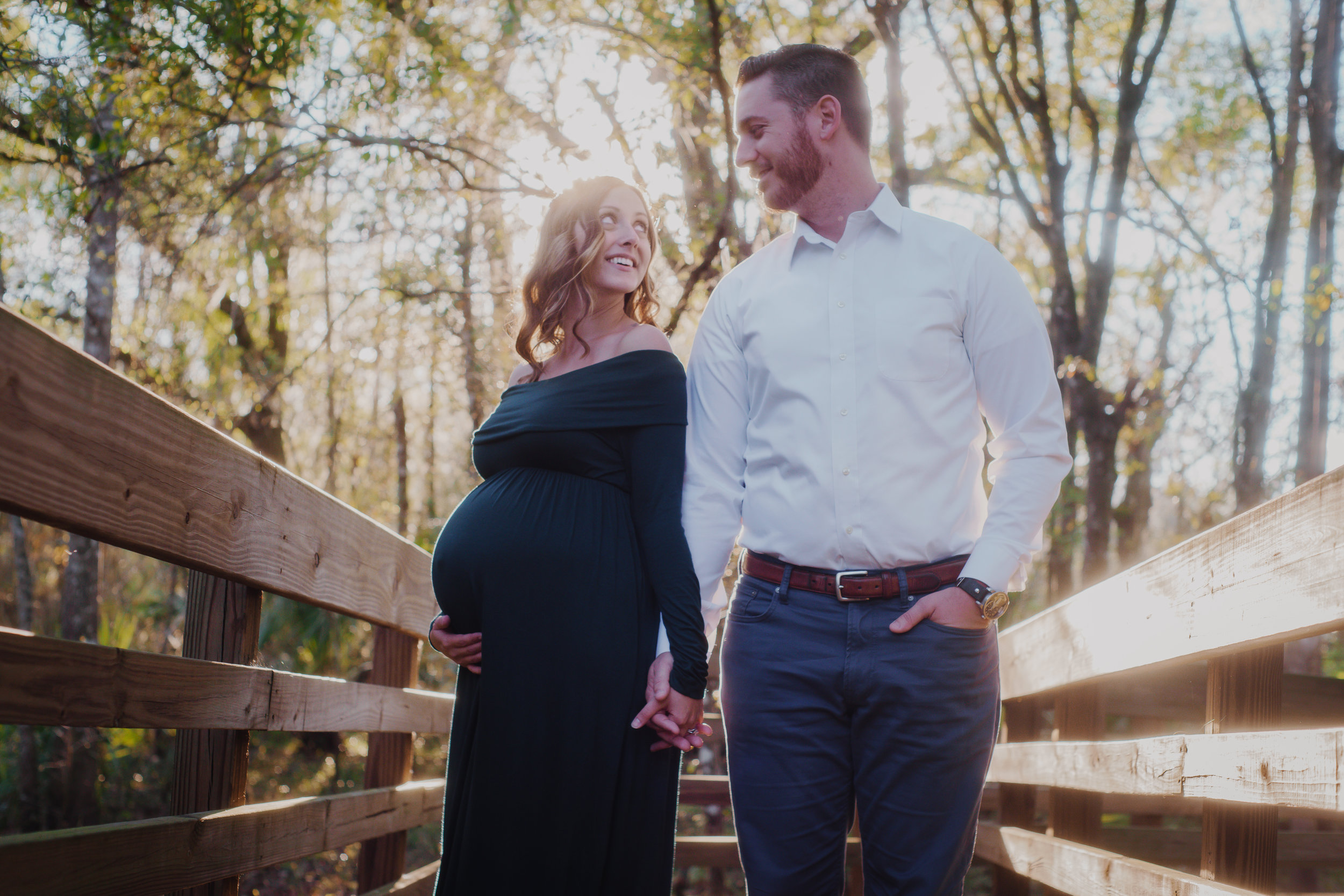 Tampa-maternity-session-at-lettuce-lake-park