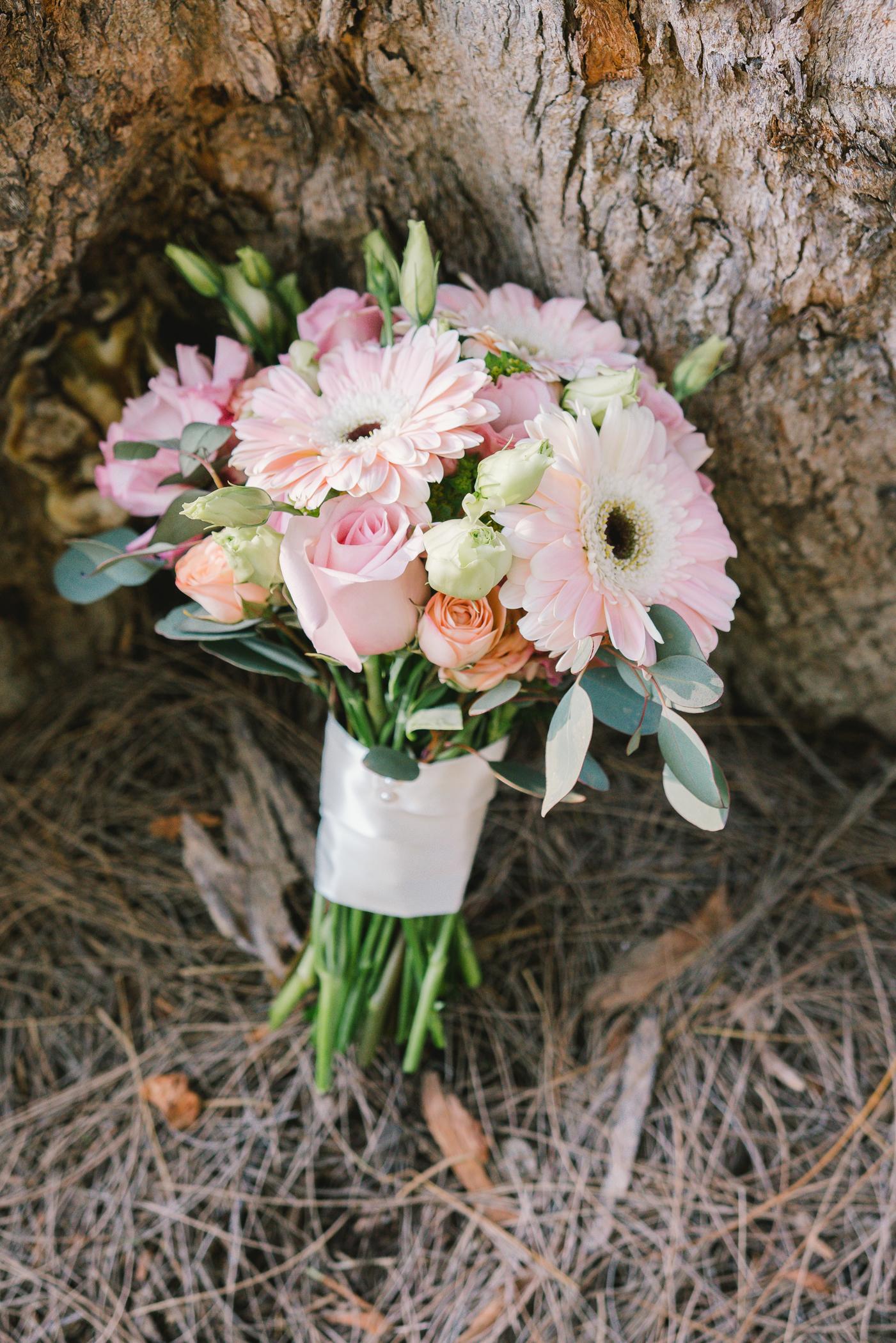 Sarasota-beach-wedding-bouquet, tide-the-knot-beach-weddings