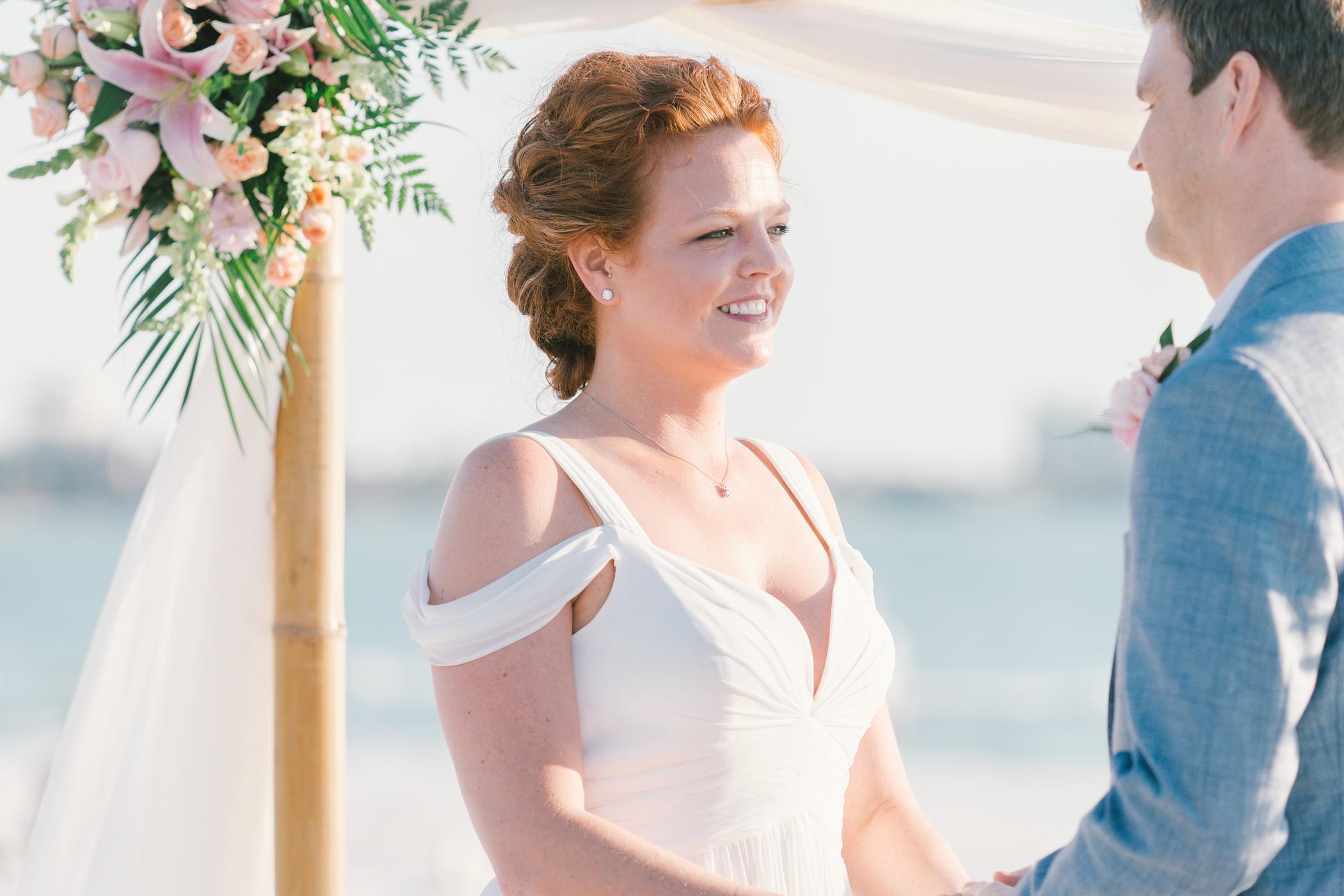 beach-wedding-ceremony-photo, Tampa-wedding-photographer