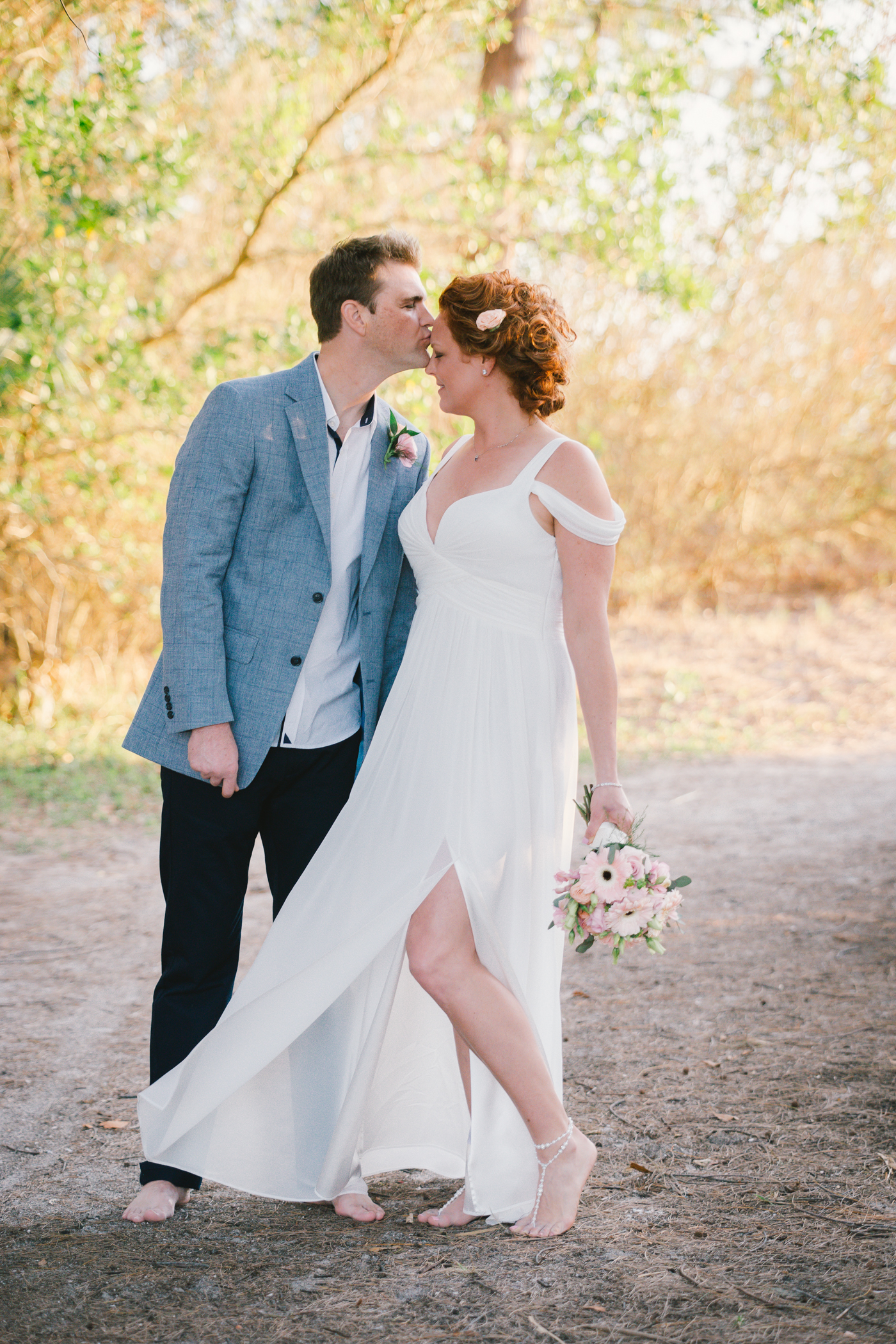 Lido-key-wedding-photo, bride-and-groom-beach-wedding