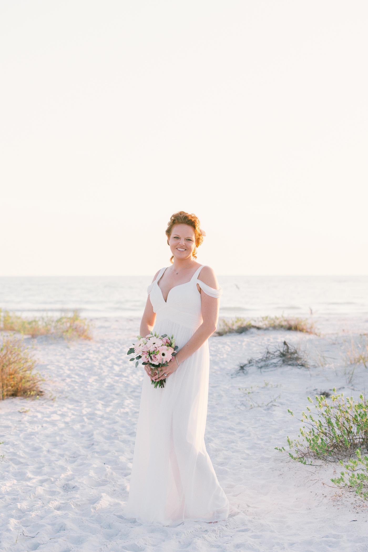 Sarasota-beach-wedding-photography, bride-wedding-photo, Florida-beach-wedding
