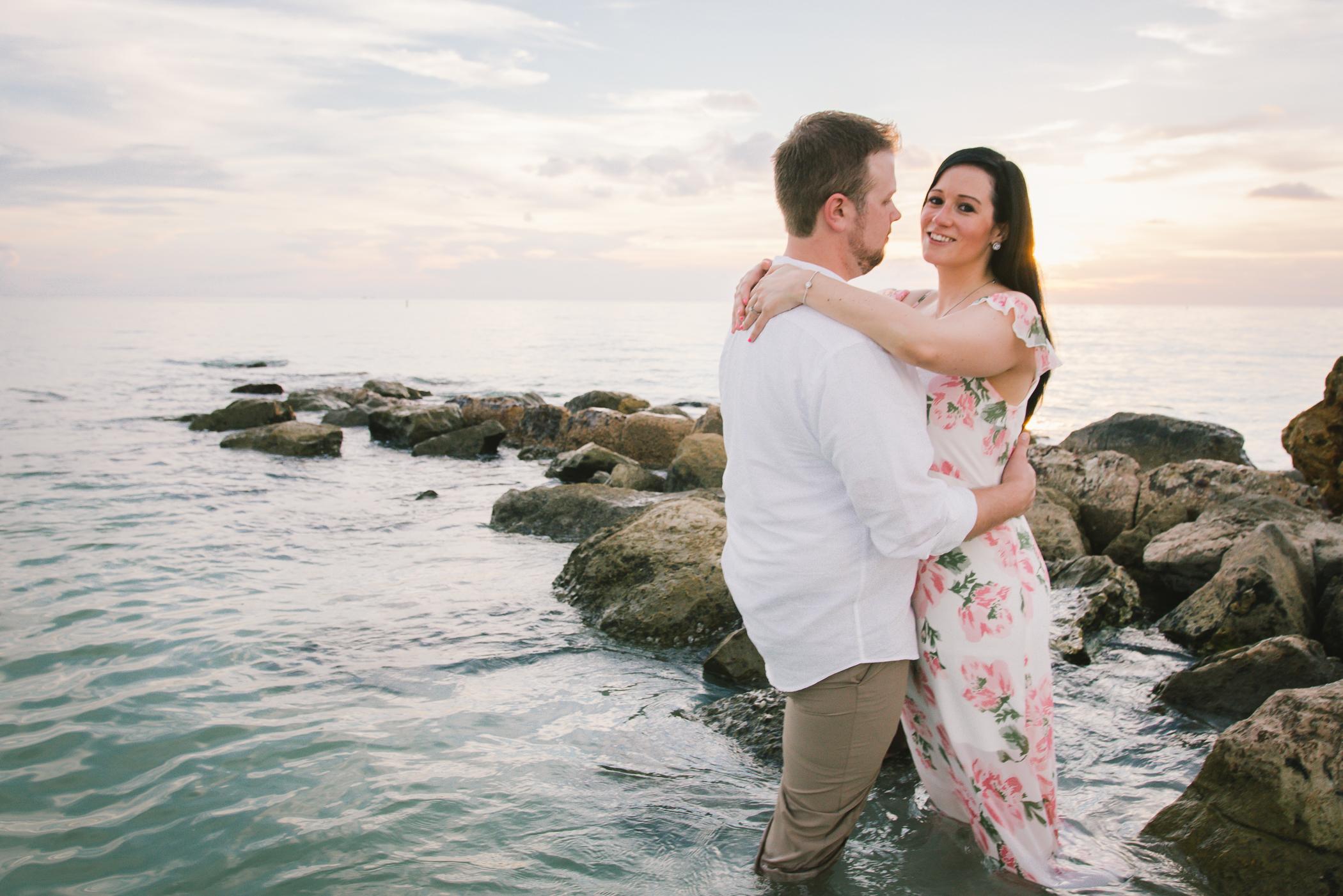 florida-rocky-shore-engagement-session, tampa-wedding-photographer