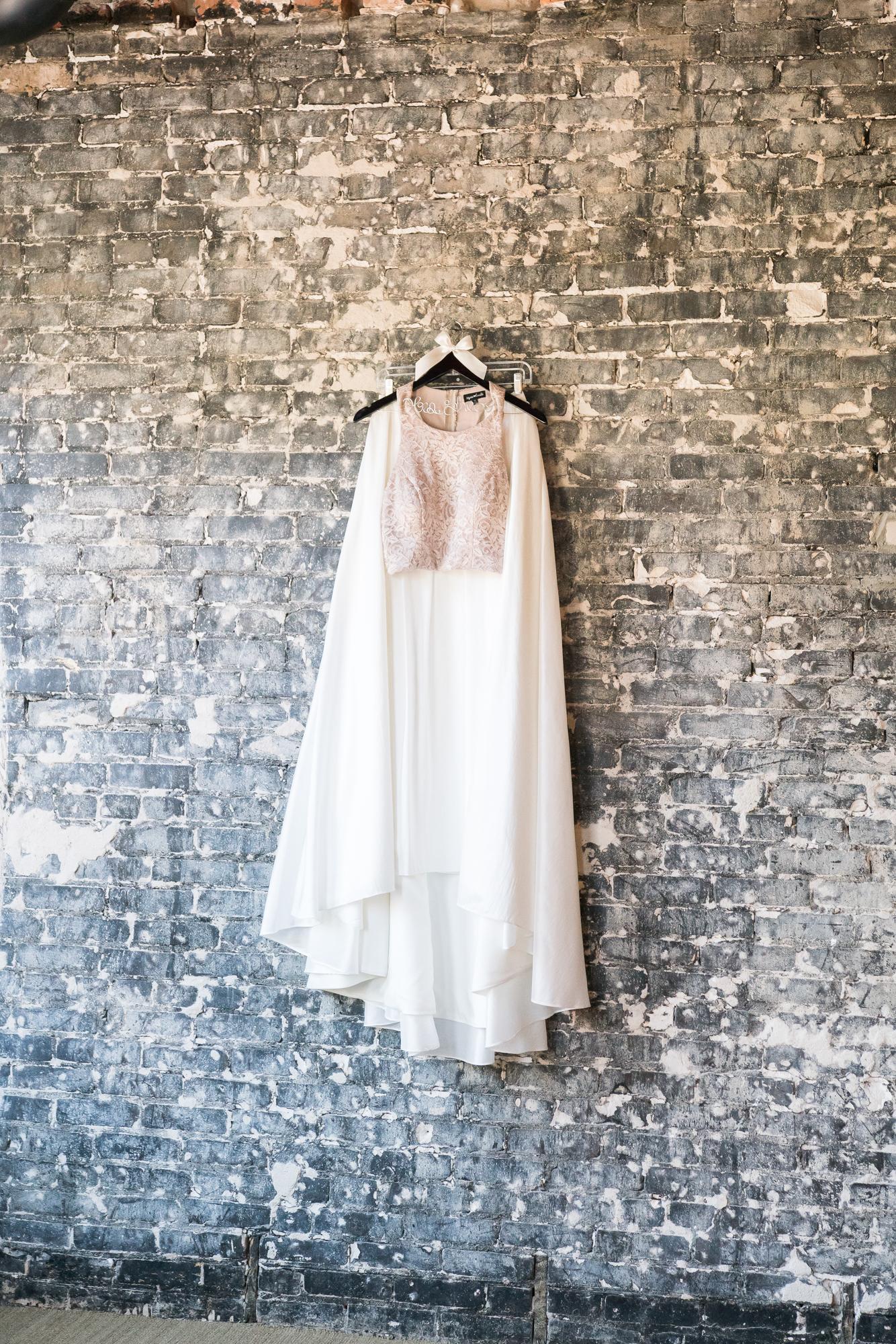 Wedding-dress, Tampa-wedding-photographer