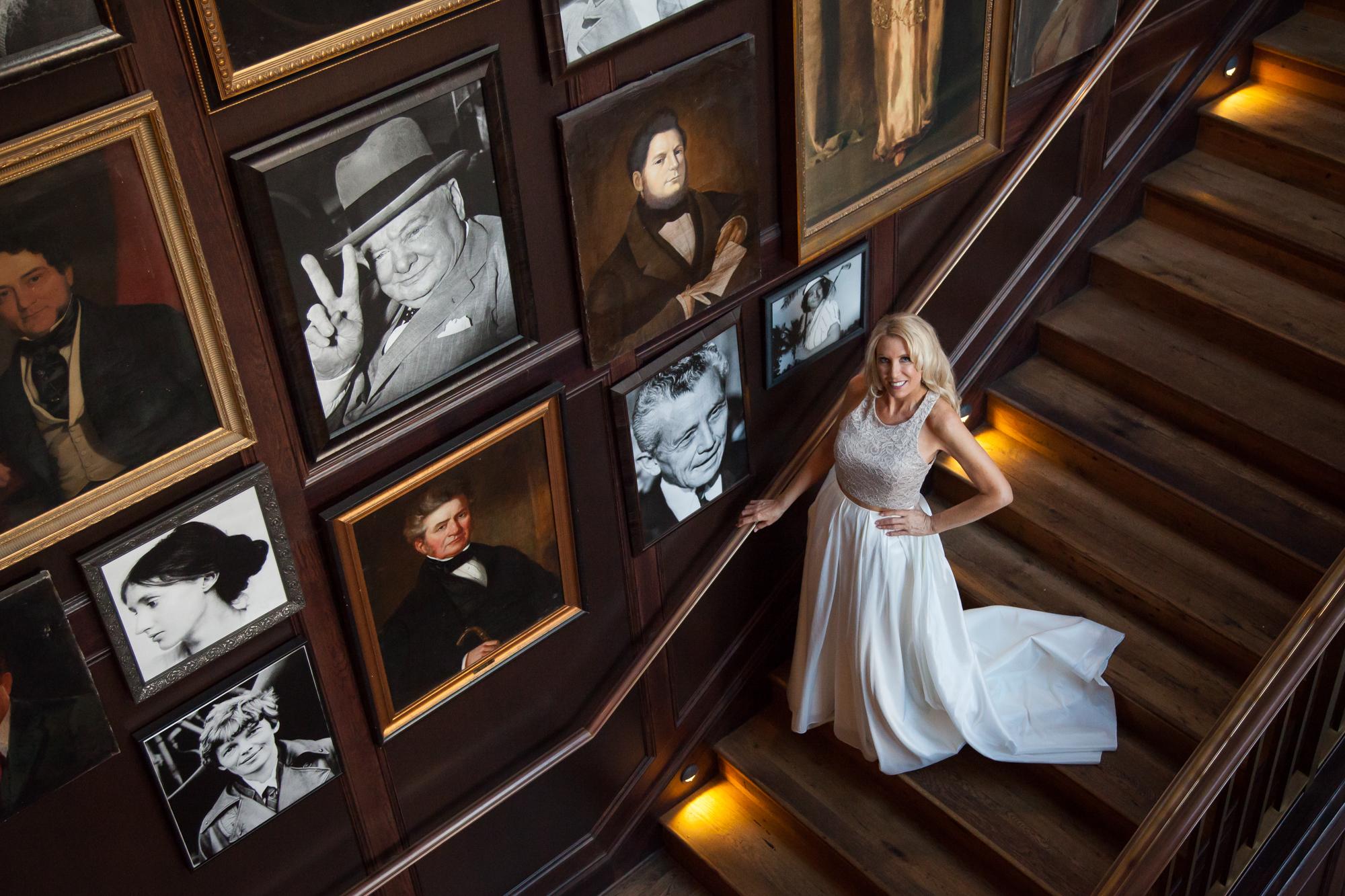 Oxford-Exchange-wedding-photo, bride-at-the-Oxford-Exchange
