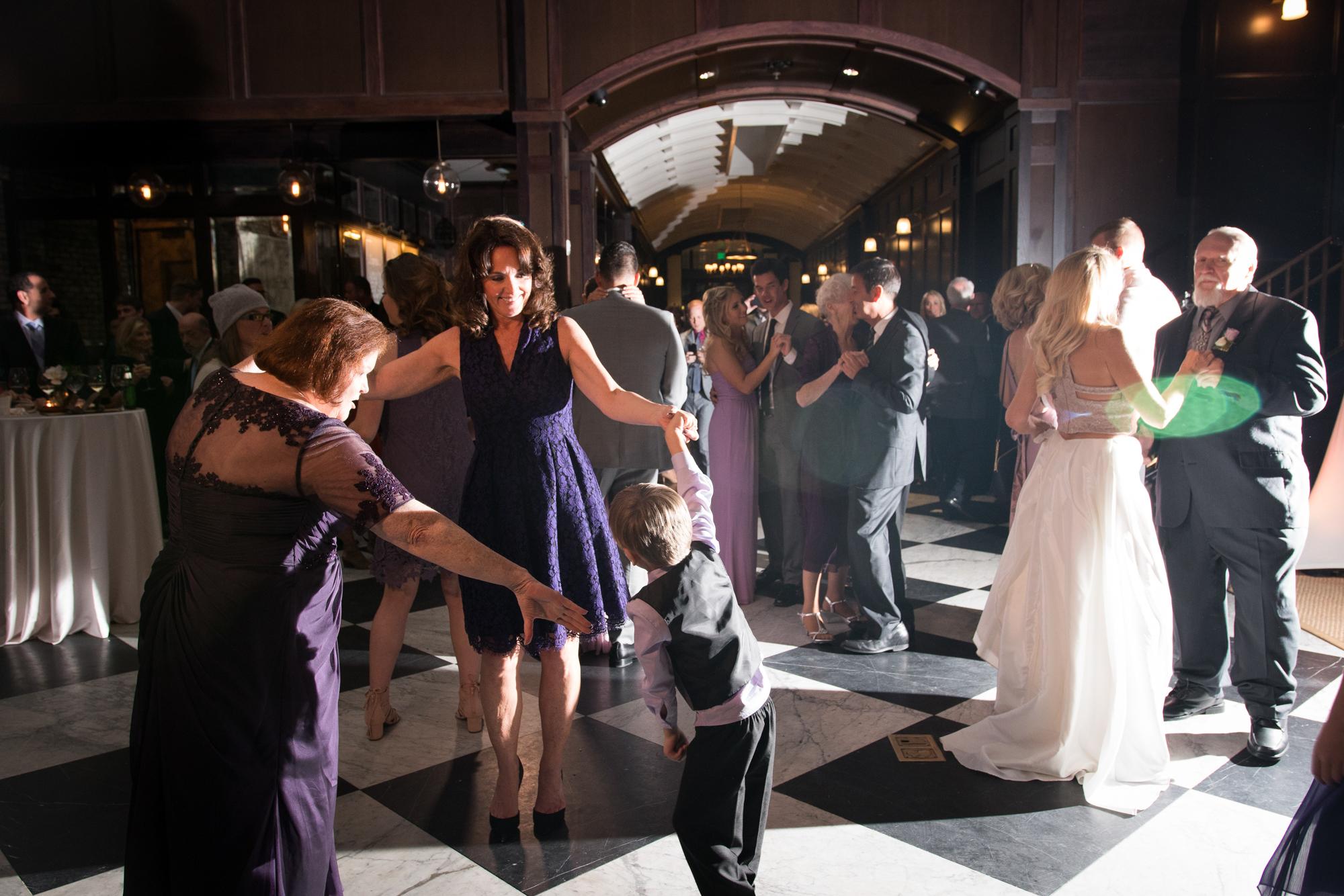Oxford-Exchange-wedding-photo