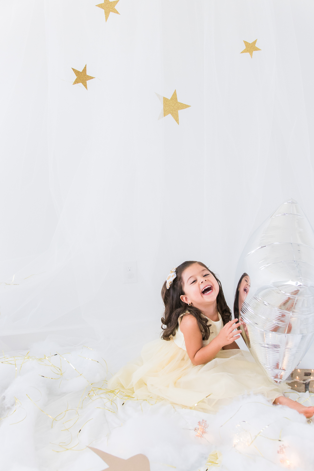 Twinkle-twinkle-little-star-girl-photo-session