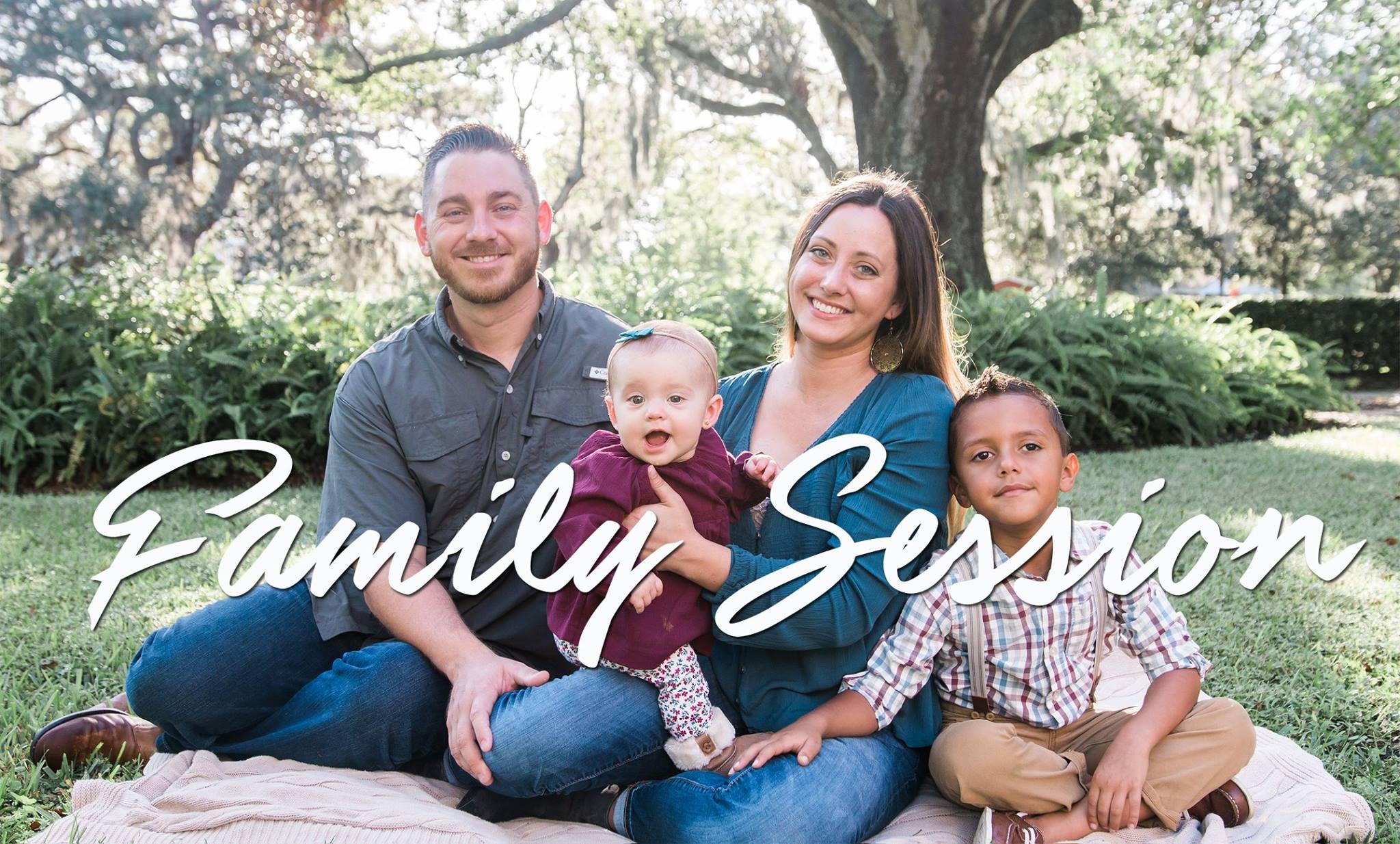 Seminole-heights-garden-club-family-photo, Tampa-photographer