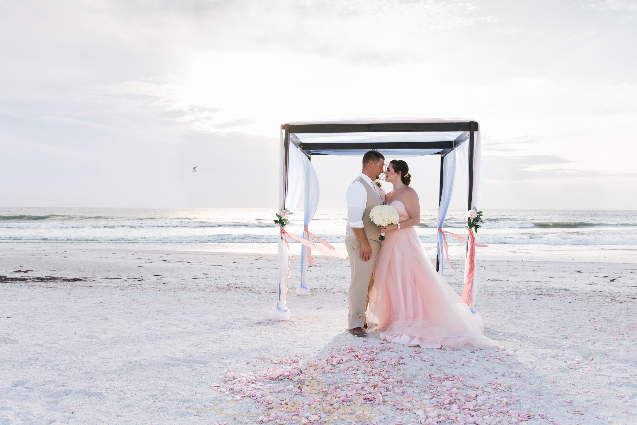 Tide-the-knot-beach-weddings, St.Pete-wedding-day