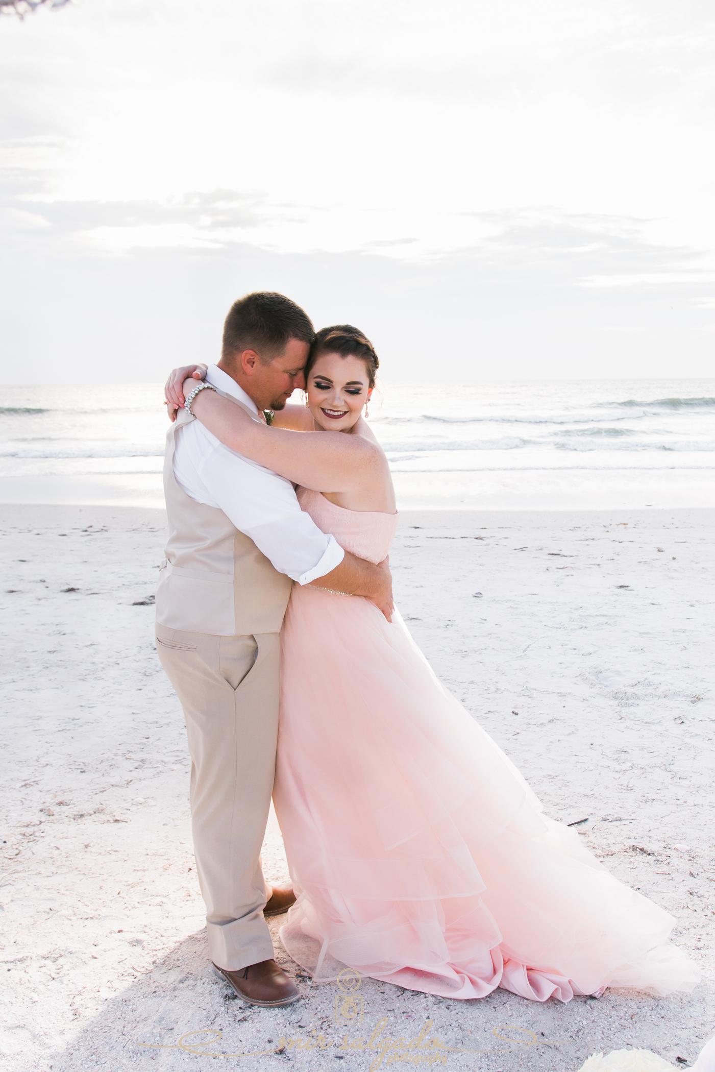 St.Pete-wedding-photographer, Florida-beach-wedding-photo