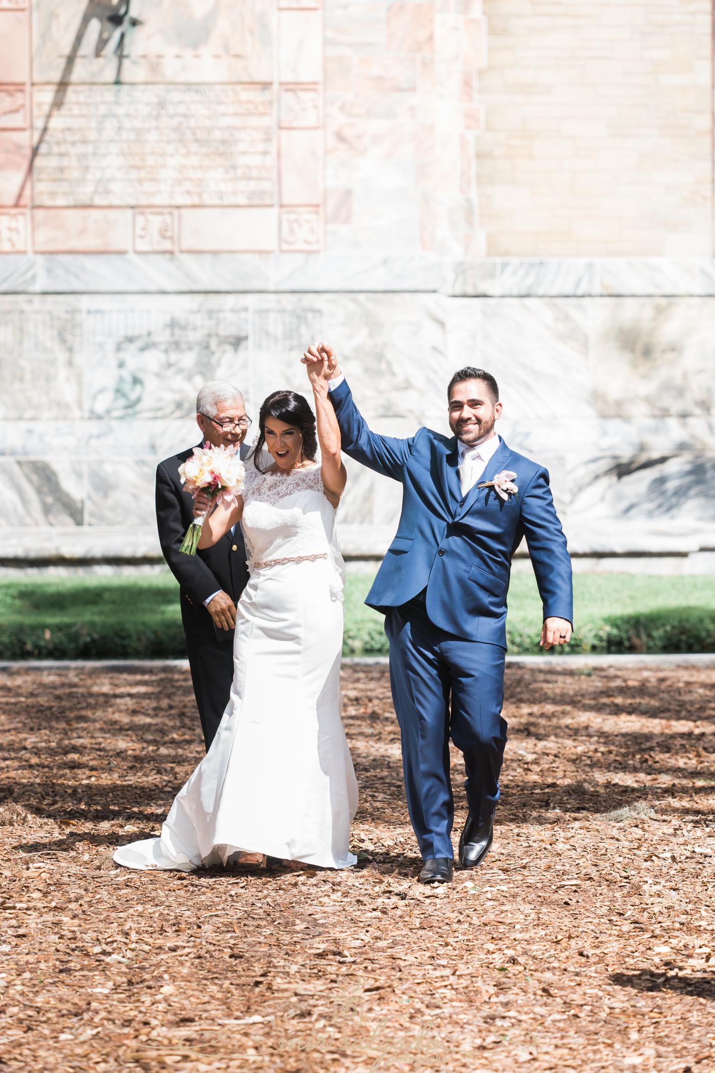 Bok-tower-gardens-wedding-ceremony-photo, Tampa-wedding-photographer, just-married-photo