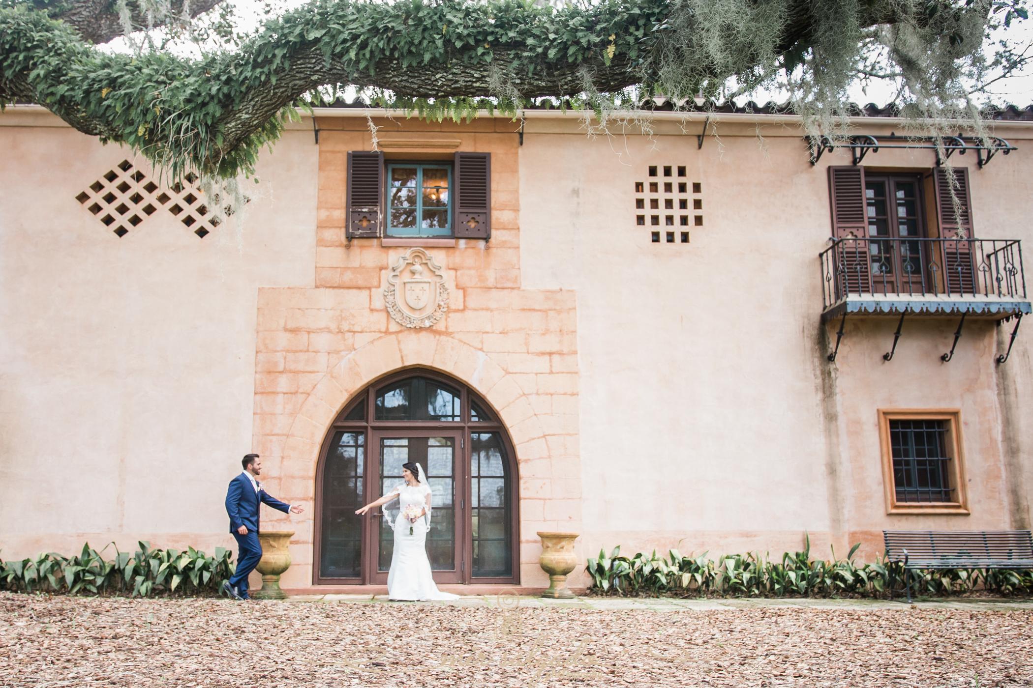 Bok-tower-gardens-wedding-photo, bride-and-groom-photo, Tampa-photographer