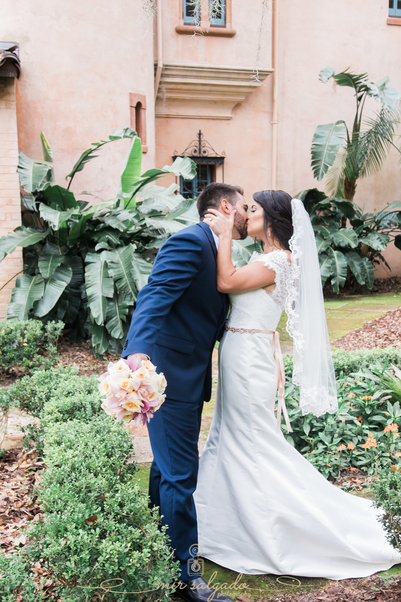 Bok-tower-gardens-wedding-photo, Tampa-wedding-photographer