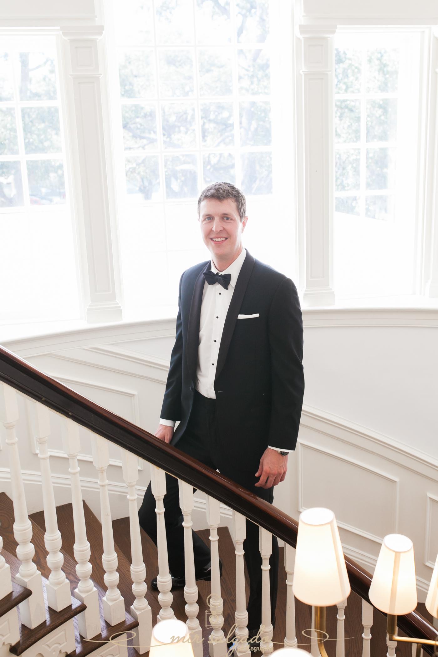 Tampa-yacht-club-wedding, Tampa-groom-photo