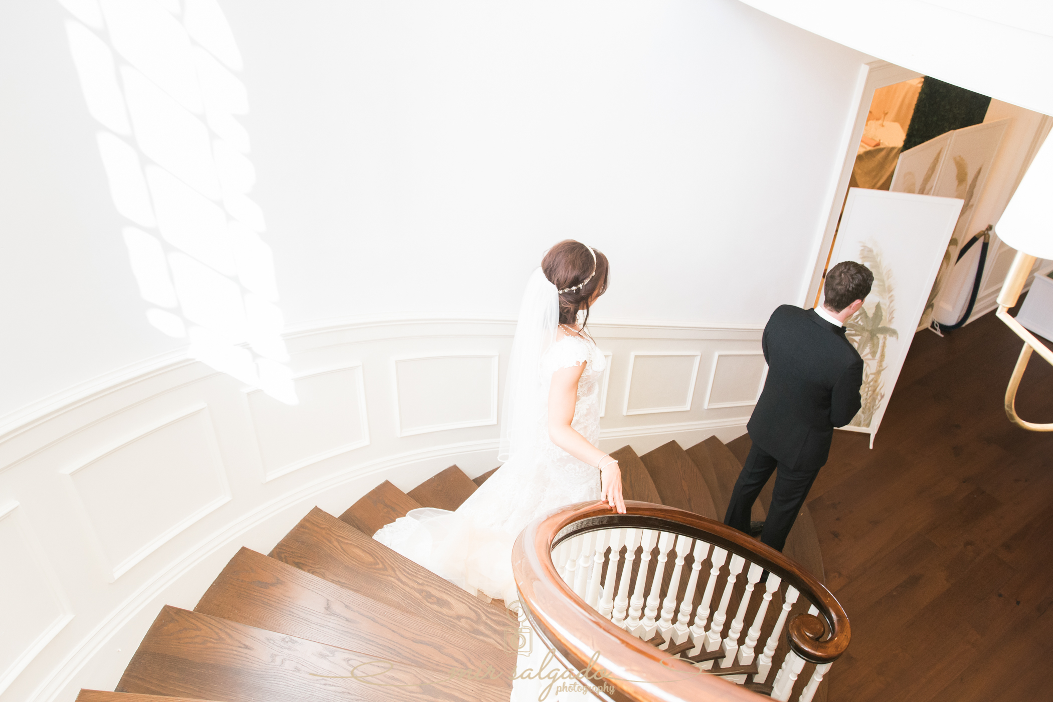 Tampa-yacht-club-wedding, first-look-wedding-photo