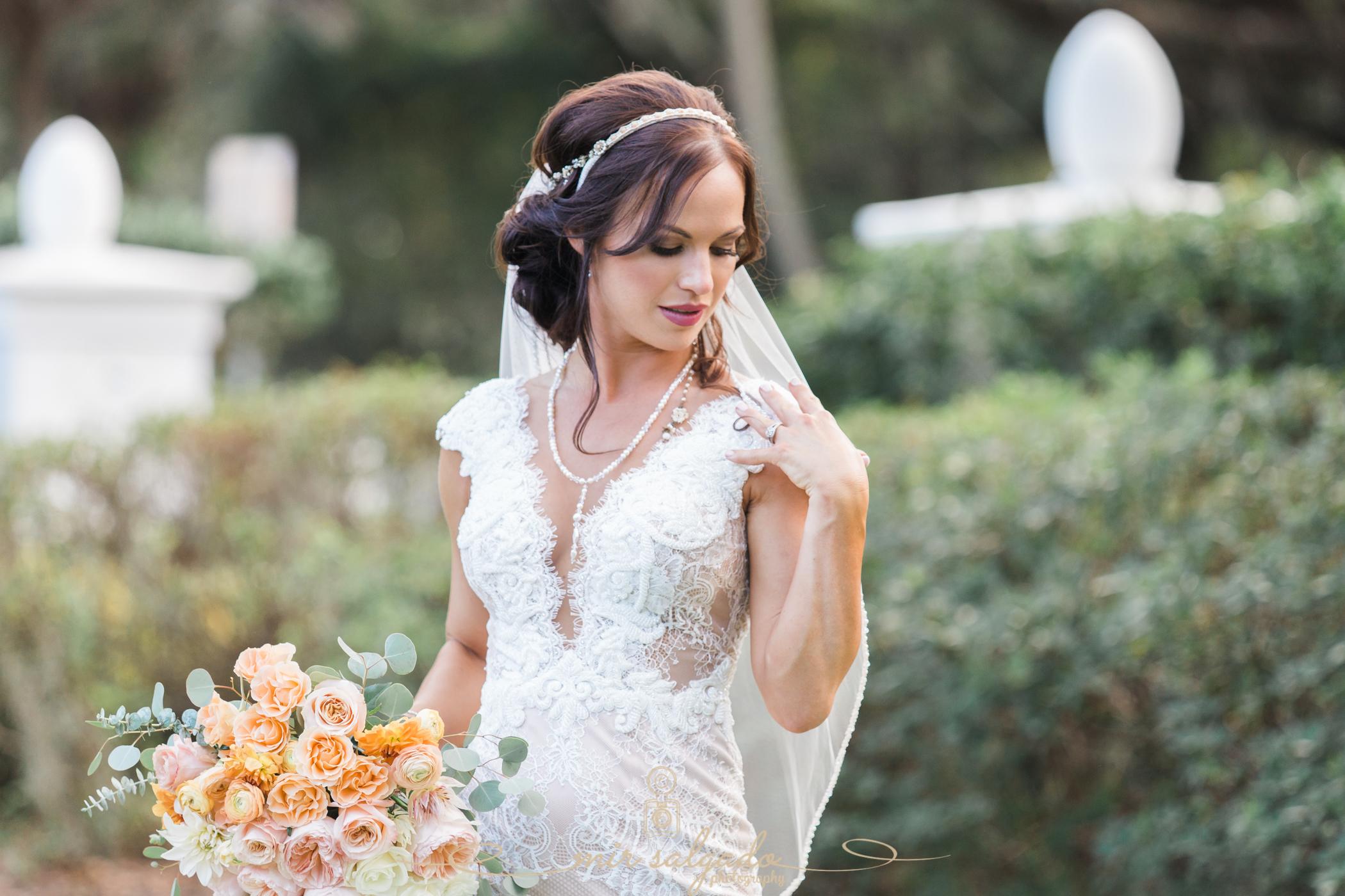 Tampa-bride-photo, Tampa-yacht-club-wedding