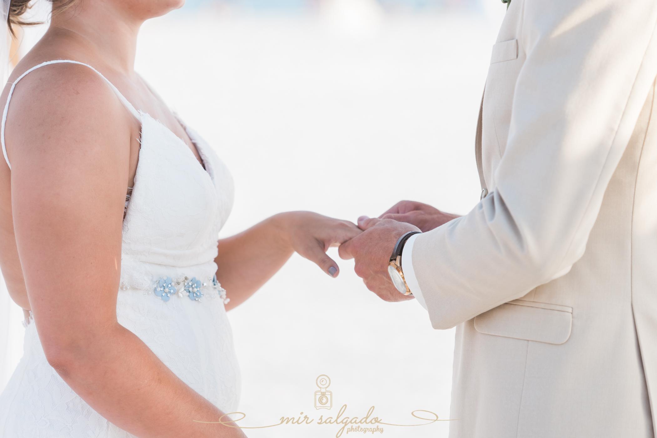 Florida-beach-wedding, Tide-the-knot-beach-weddings