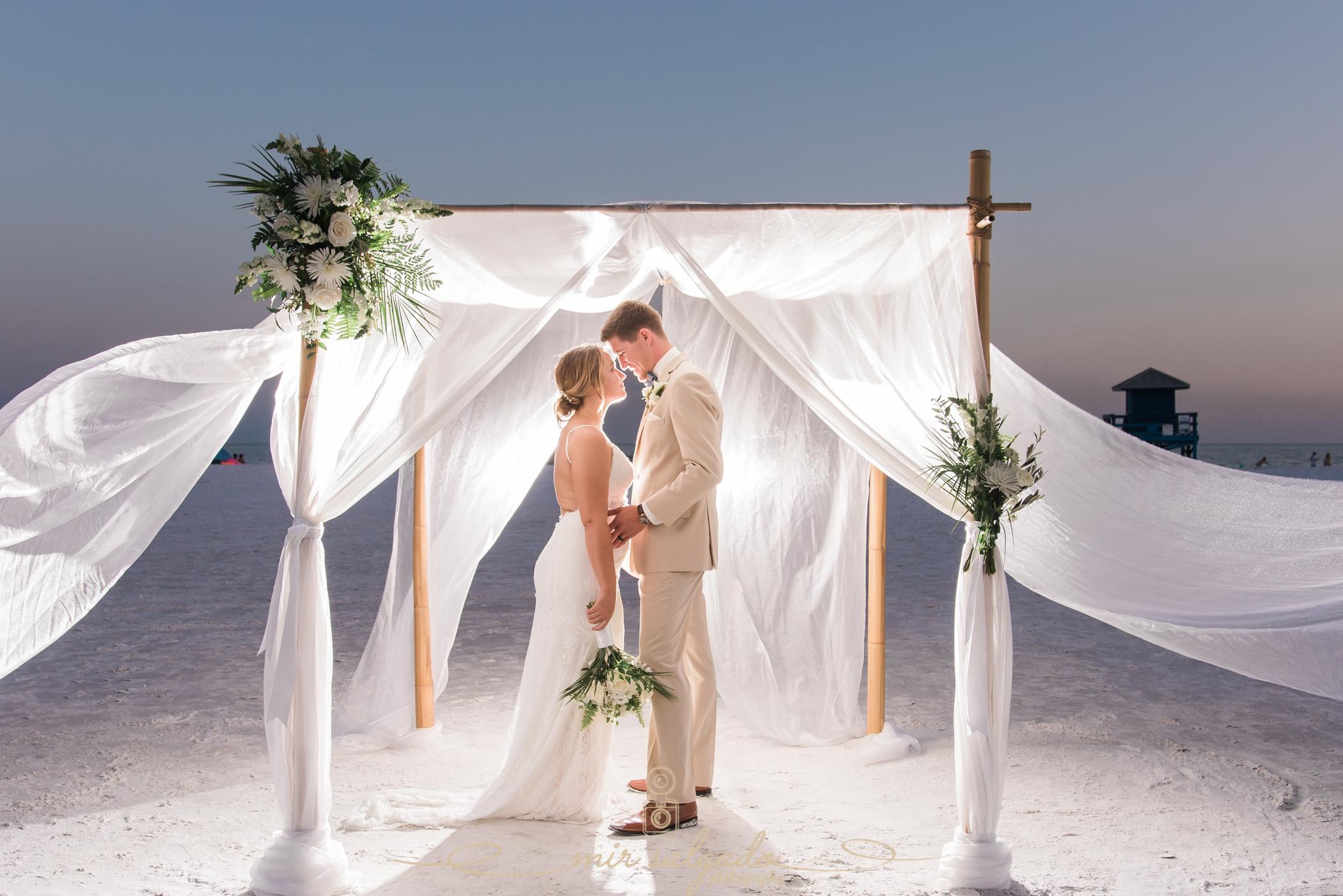 Florida-beach-wedding-photo, Tampa-wedding-photographer, Sarasota-wedding-photographer, Destination-wedding-photographer
