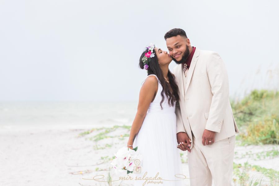 Fort-De-Soto-beach-wedding, Tampa-wedding-photographer