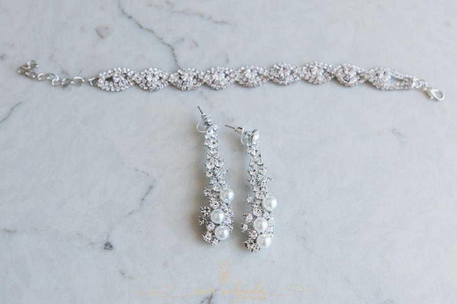 bride-jewelry, earrings-bracelet, florida-wedding-clearwater-beach