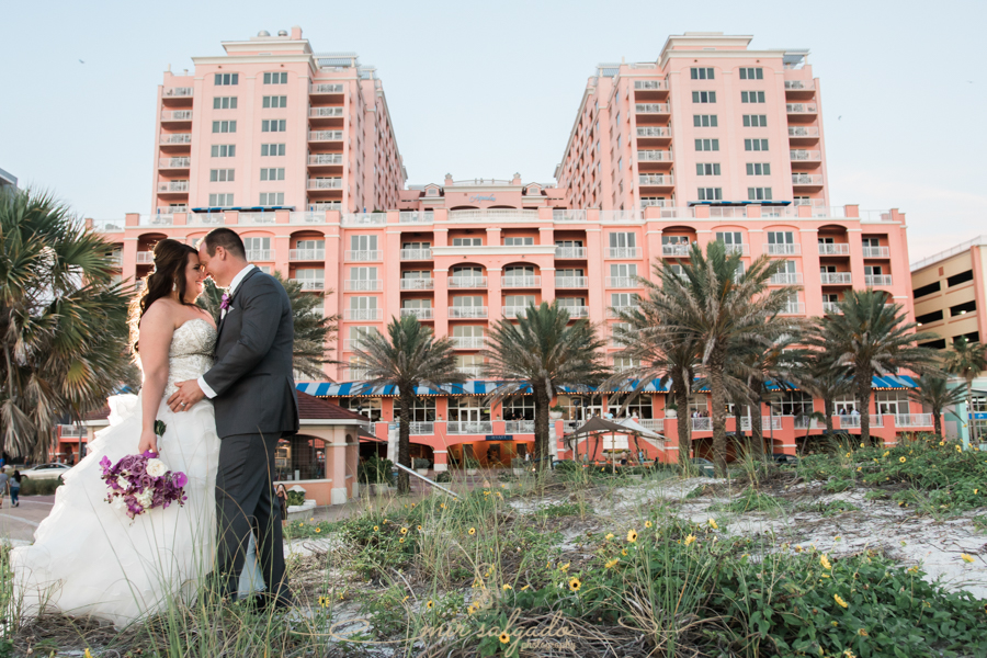 Hyatt-clearwater-beach-resort-spa, Tampa-wedding-photographer, bride-groom-session, wedding-photography, sandy-beach-shrubs