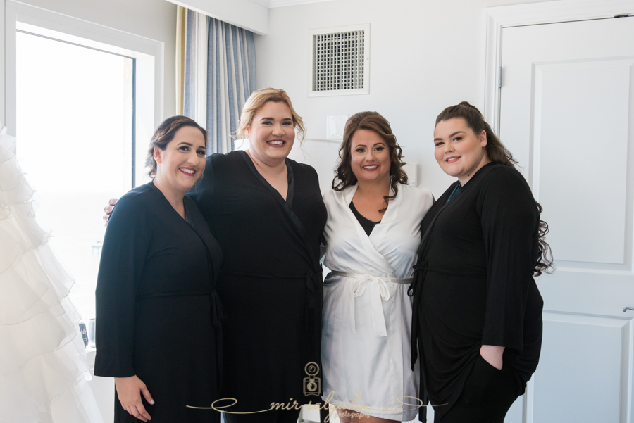 bridal-party-smiles, group-photo, tampa-photographer