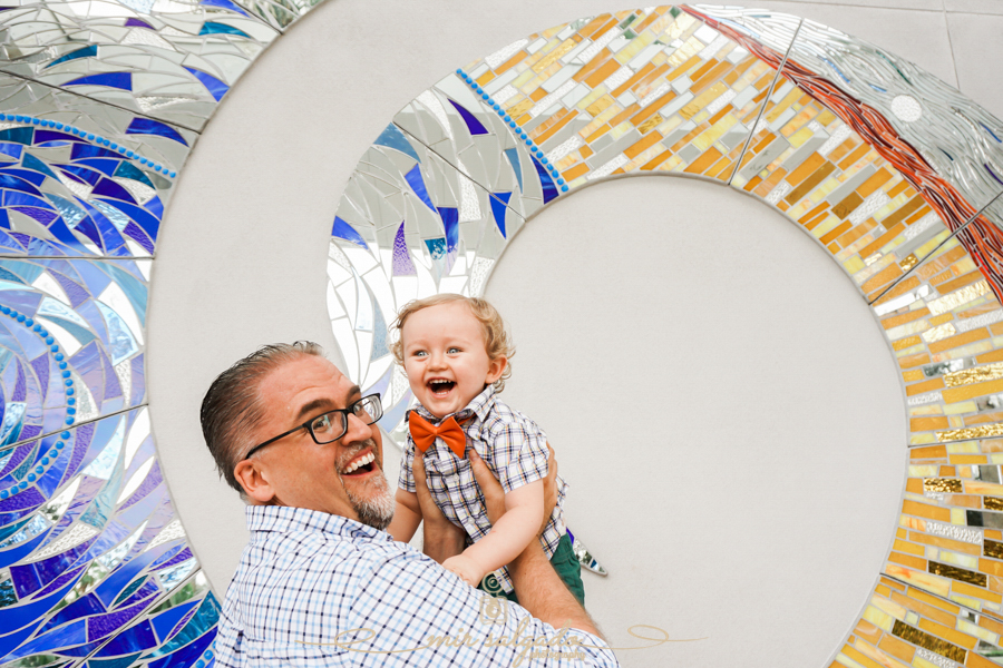 happy-daddy-baby-boy, museum-walls, silly-boys, lovely-moments, Tampa-photographer