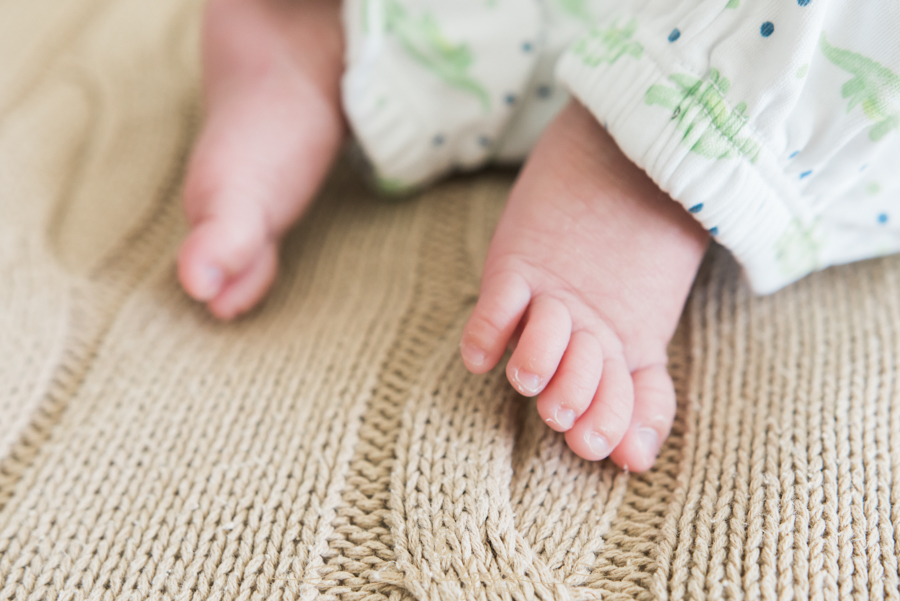 carters-clothing-line, little-toes, little-feet, new-born-baby-boy
