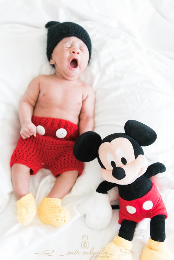 twinning-mickey-mouse, Disney-original-character, Disney-world-ideas