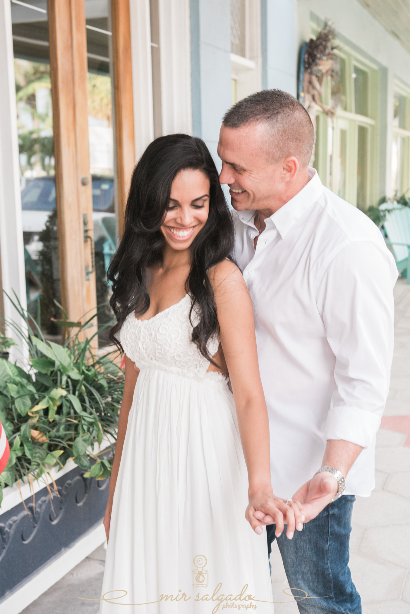 candid-photographer, off-guard-engagement-session, tampa-wedding-photographer
