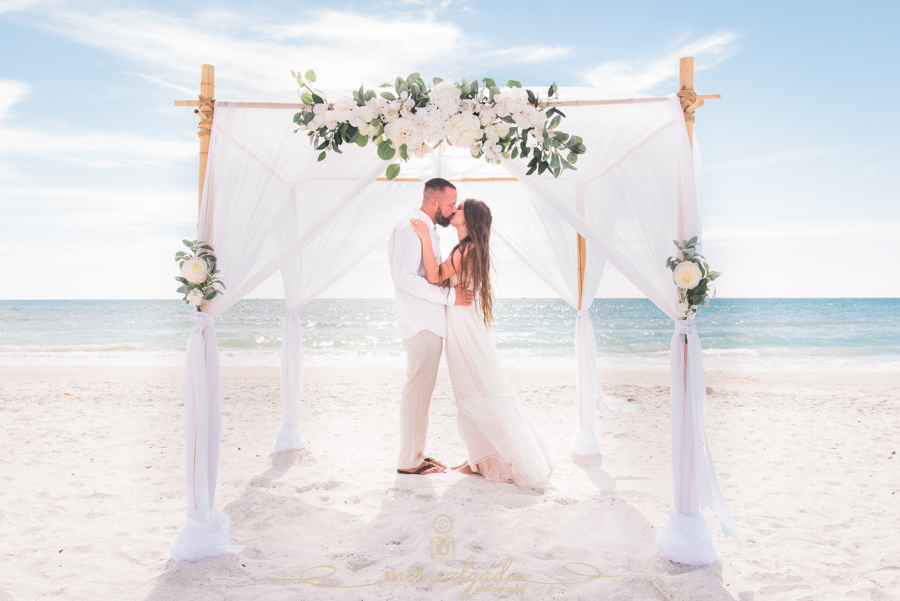 Tide-the-knot-beach-weddings, St.Pete-wedding-photography