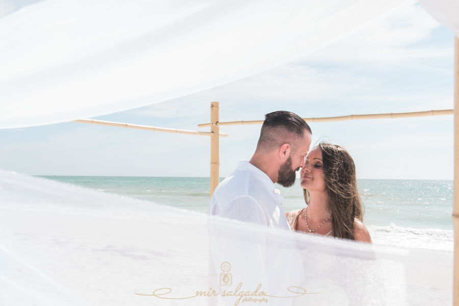 Tide-the-knot-beach-weddings, bride-and-groom-beach-wedding, Tampa-photographer