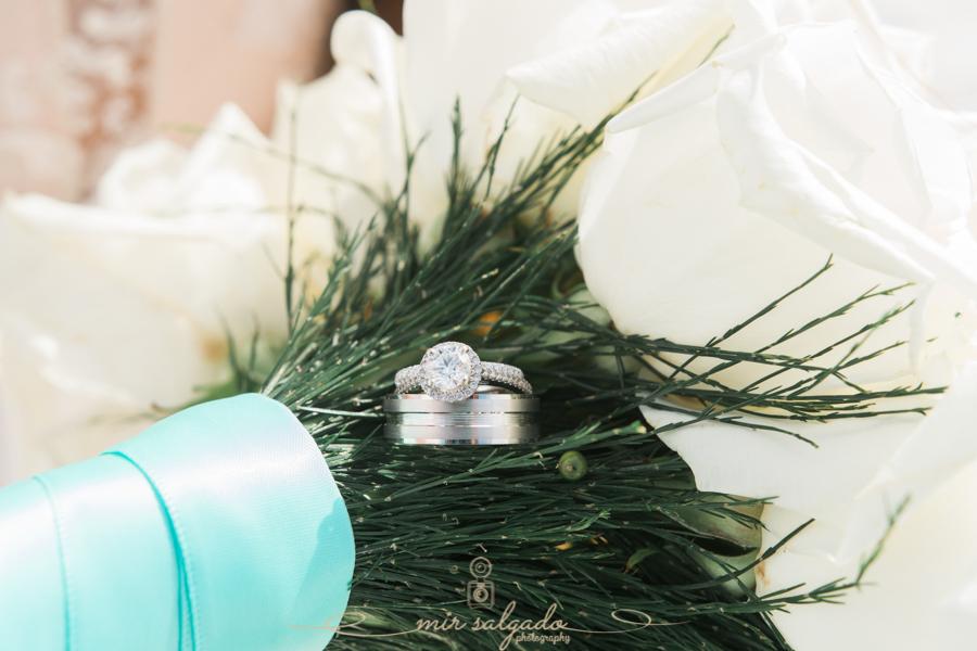 Florida-wedding, ring-shot, wedding-ring-and-bouquet