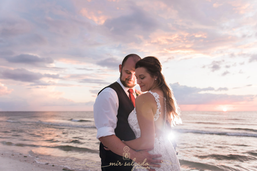 Pass-a-grille-wedding, St,Pete-wedding, Tampa-photographer, bride-and-groom