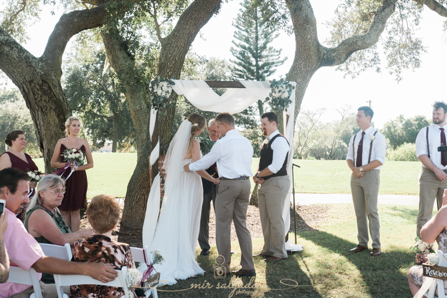 Bradenton-wedding-ceremony-at-the-golf-club