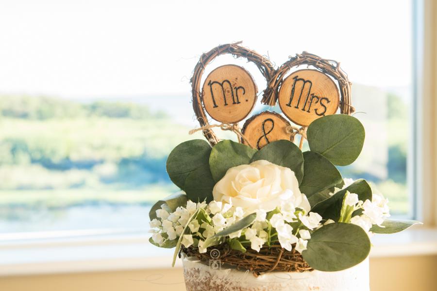 Wedding-cake, topper-wedding-cake, Bradenton-wedding