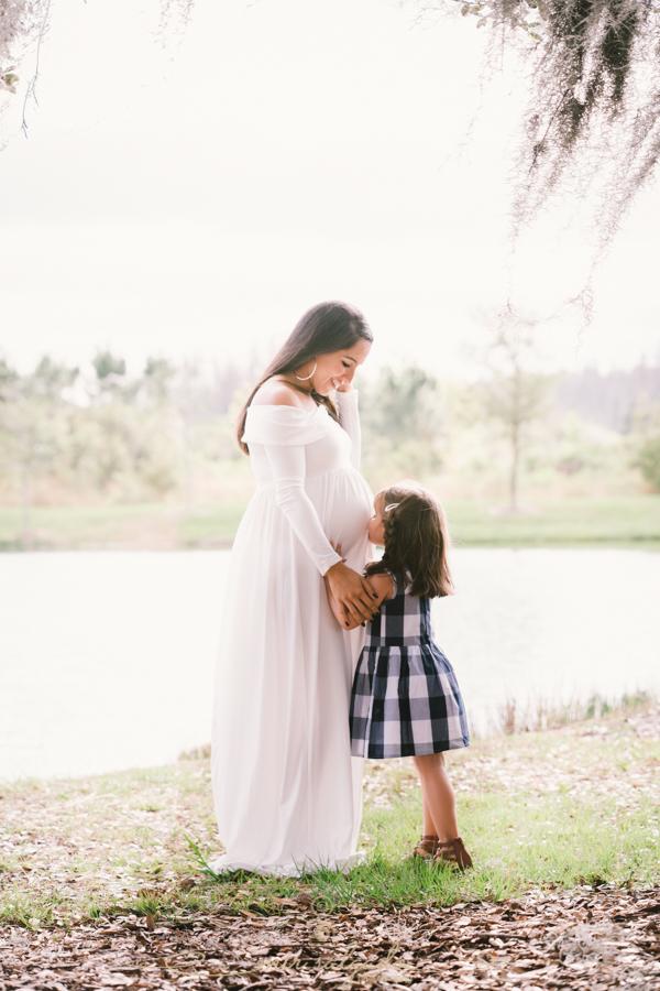 Maternity session-14.jpg