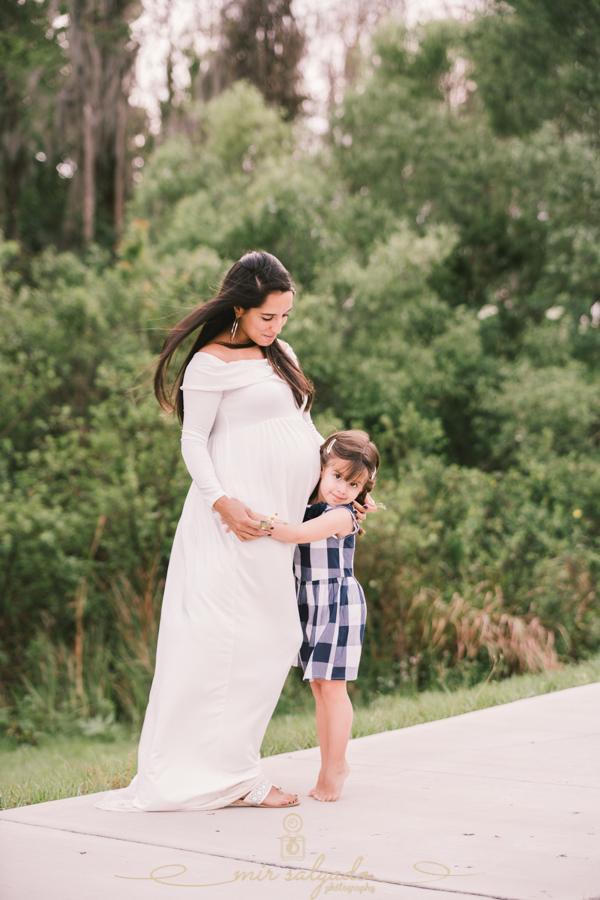 Maternity session-97.jpg