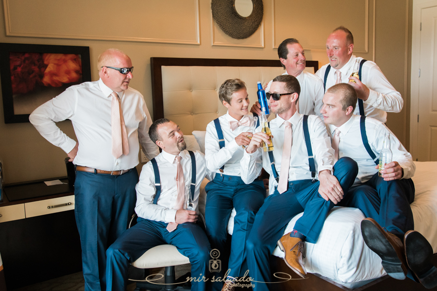getting-ready-photo, St.Pete-wedding, St.Pete-wedding-photographer