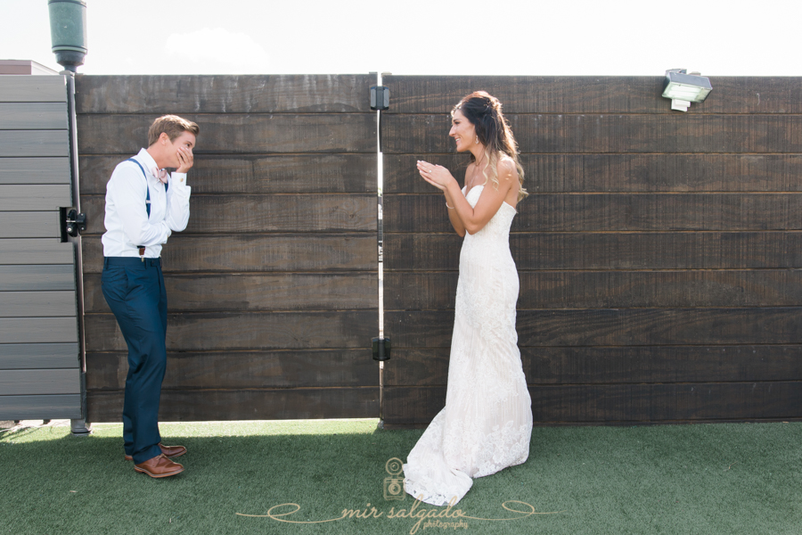 St.Pete-wedding-photographer, first-look-photo